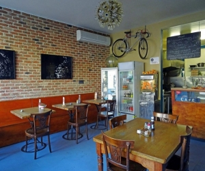 The Front Room Cafe Interiors (2)