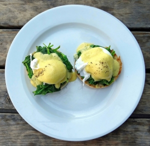best breakfast north london, eggs florentine, the front room cafe