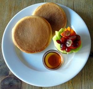 best brunch north london, the front room cafe, pancakes